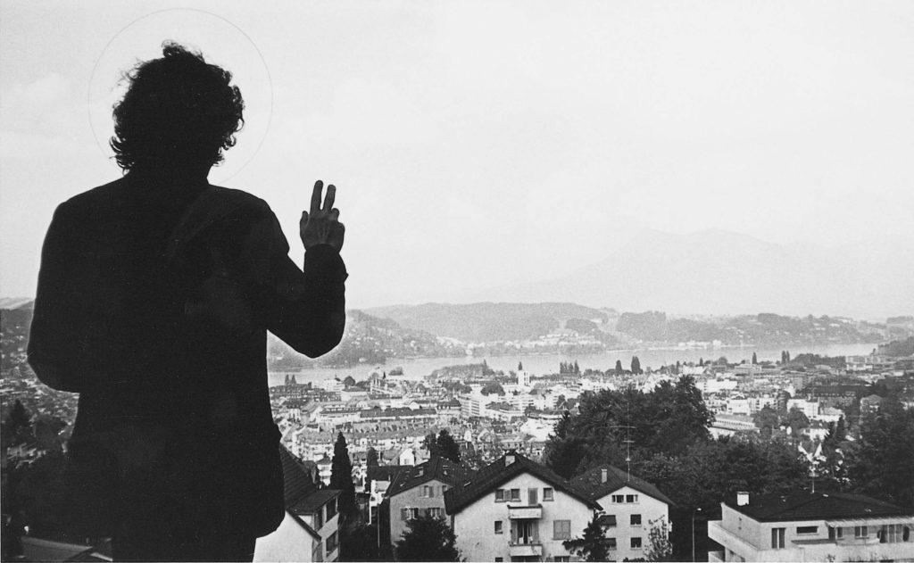 Benedizione di Lucerna, 1970, fotografia, 98 x 156 cm