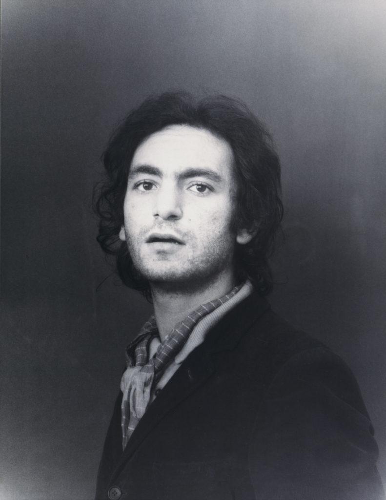 Autoritratto (come Raffaello), 1970, fotografia su alluminio, 65 x 49 cm